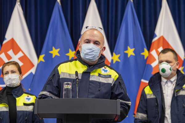 Kajetán Kičura, head of the State Material Reserves, informed about the planned supplies of protective equipment on March 15.