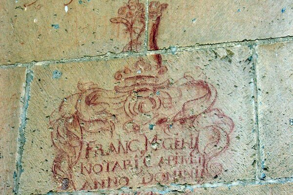 A very nice graffito with a heraldic motif on the outer wall of St Martin's Cathedral in Spišská Kapitula.