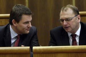January 2010: Smer MPs Peter Pellegrini and Ľubomír Vážny. Pellegrini used to serve as Vážny's assistant.