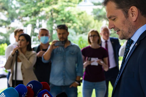 PM Igor Matovič discussed his final thesis in front of journalists on July 22.