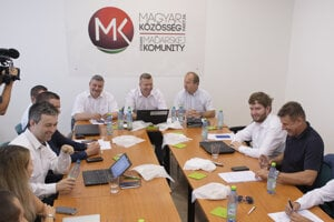 The representatives of three Hungarian parties are discussing their future at the August 7 meeting in Bratislava.