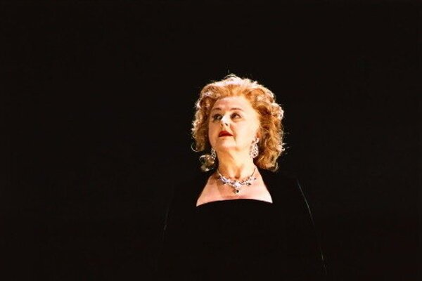 Slovak opera singer Edita Gruberová decided to end her professional career in mid-November 2020.