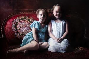 Chloe & Emma by Barbora Kysilková.