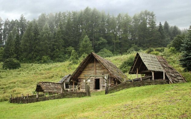 The open-air archaeological museum Liptovská Mara – Havránok will be undergoing renovation in the coming years, Liptov Museum announced on Facebook.