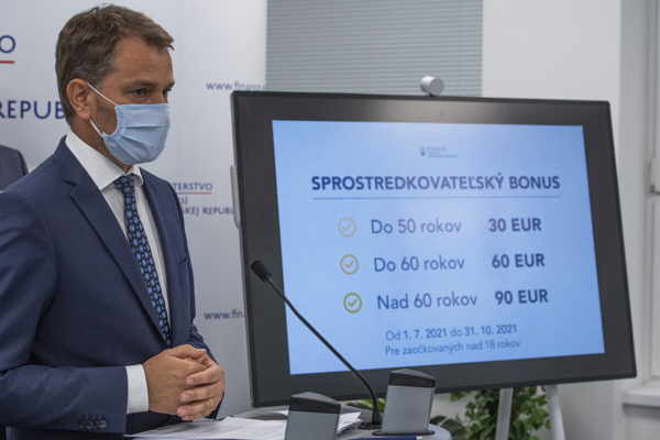 Finance Minister Igor Matovič presented his proposal to reward people who persuade others to get jabbed against Covid.