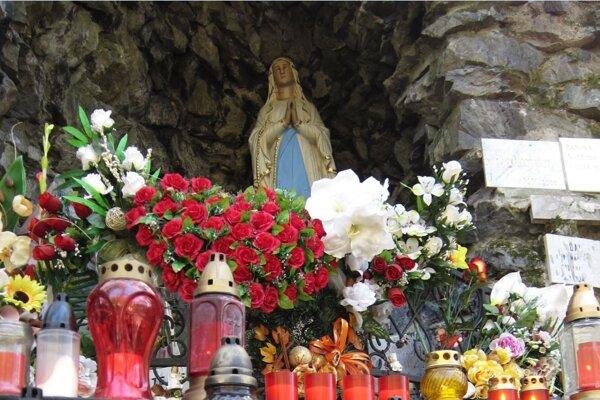 Marianka-MaLourdes Cave
