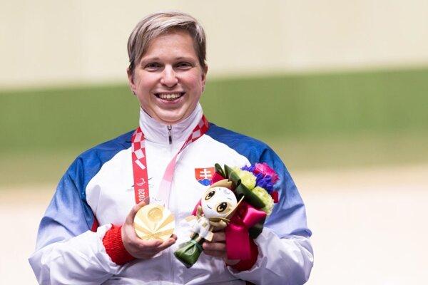 Veronika Vadovičová won gold in para-shooting.