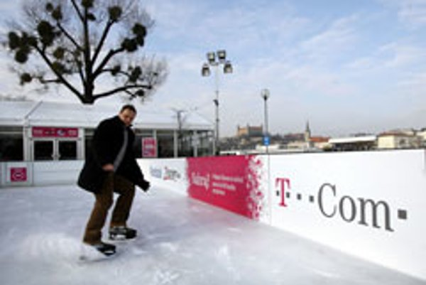 Bratislava is enjoying its new public ice skating rink.