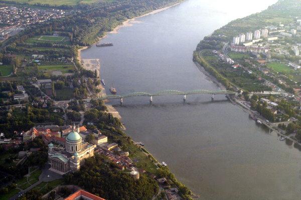 Maria Valeria Bridge that connects Štúrovo, Slovakia and Esztergom, Hungary.