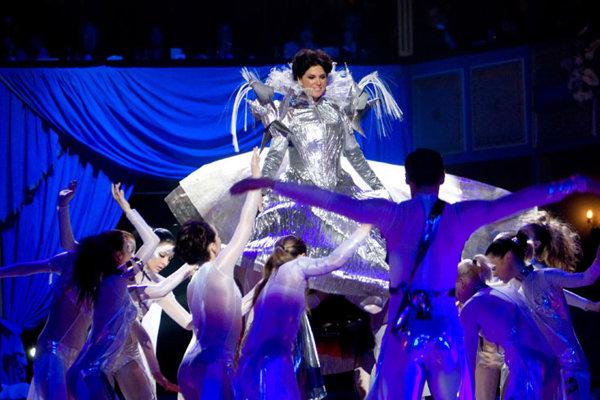 Slovakia's 2009 ball season got off to a spangly start at Bratislava's Opera House.