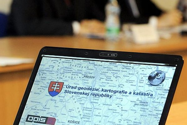>Digitalisation of the land register is on the way.