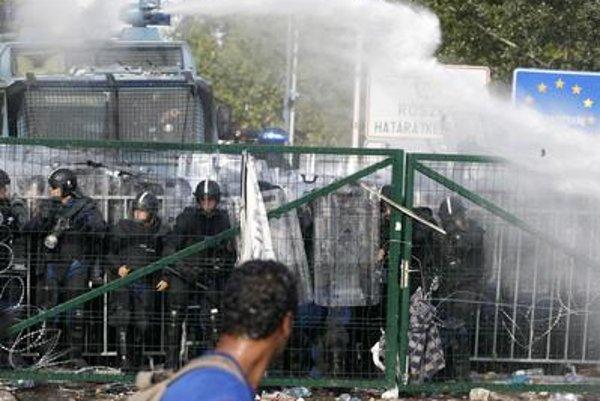 Situation escalates at the Hungarian-Serbian border.