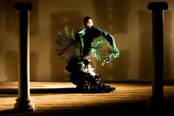 Carmen á la Gypsy Devils - Zuzana Čorejová is the flamenco expression of Carmen in SND