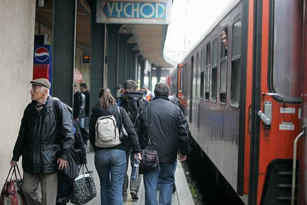 Passengers could benefit from competition on the rails.