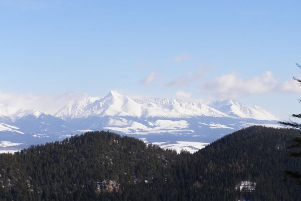 The High Tatras, one of Slovakia's main tourist attractions