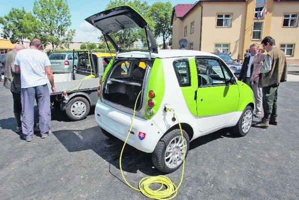 An electric car in Vlkanová