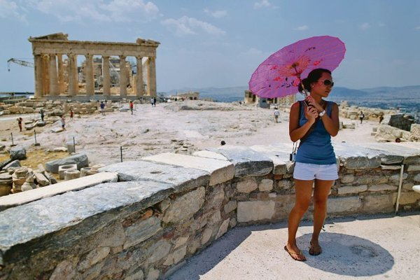Greece's many ancient sites help lure tourists