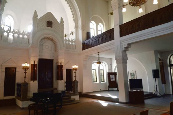 The restored synagogue in Nitra serves new purposes.