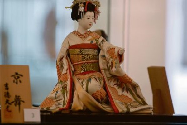 A geisha doll from the exhibition.