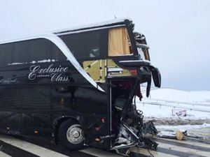 Snow caused bus accident near Janovce, Prešov region.
