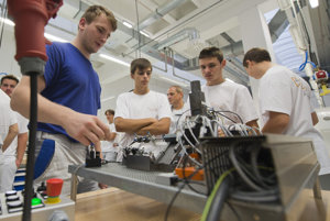 Students learn new things also at the premises of Volkswagen in Bratislava.