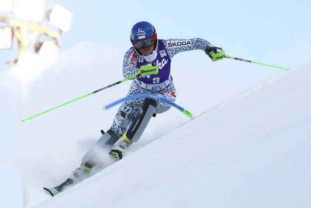 Veronika Velez-Zuzulová ended fourth in Finnish Levi in the first World Cup race of the season.