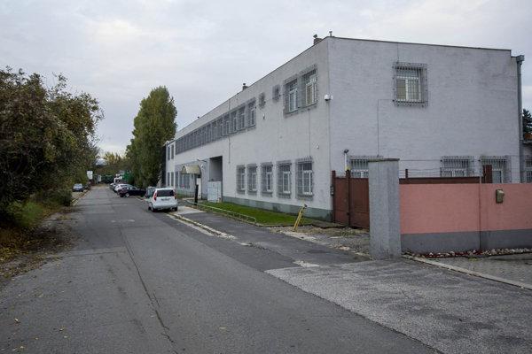 Property at Kukučínova Street in Bratislava, linked to SIS.