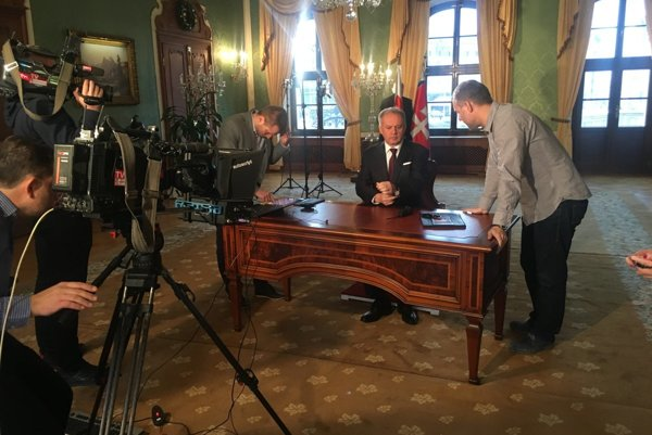 President Andrej Kiska prepares to record his New Year's address for the public-service RTVS.