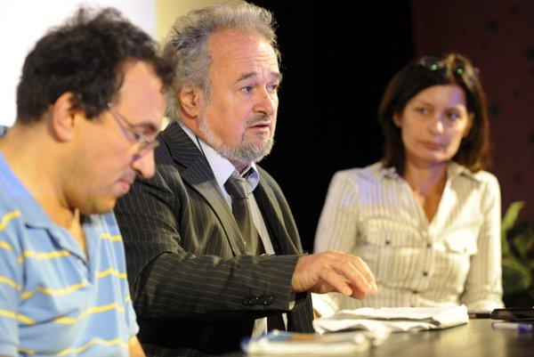 L-R: Direcotr of the project's films Matej Mináč, producer Patrik Pašš and Dagmar Krepopová of the Trigon Production company.