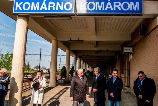 The station in Komárno now bears signs in Slovak as well as Hungarian.
