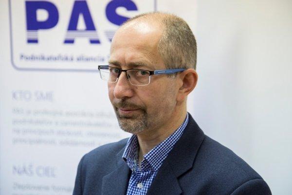 Peter Kremský of PAS