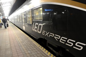 LEO Express also operates trains.