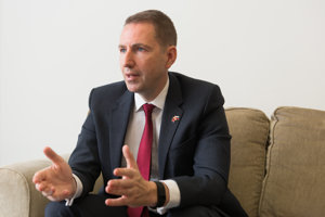 UK Ambassador to Slovakia Andrew Garth