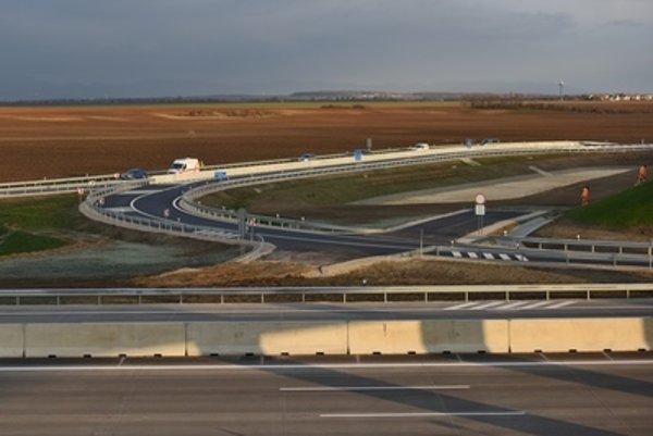 The already opened part of the Blatné junction near Bratislava.