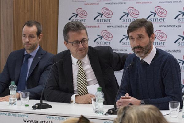 Members of the Smer leadership, L-R: Viktor Stromček, Martin Glváč and Juraj Blanár.