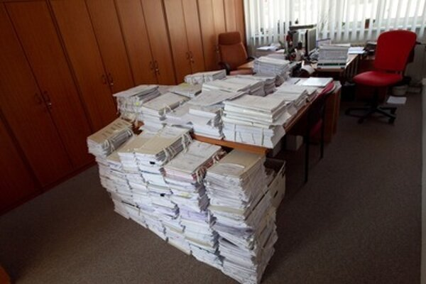 Law cases and files are mounting at courts, illustrative stock photo.