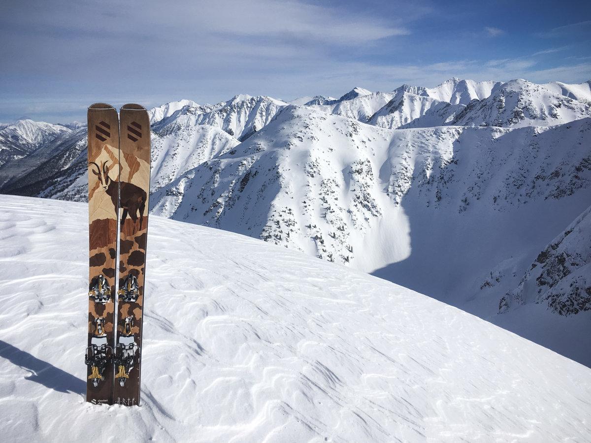 Tailor-made Slovak wooden skis - spectator.sme.sk 724d26d5c6d