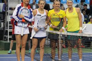 Fed Cup doubles: Hantuchová, Čepelová, Dellacqua, Stosur (L-R).