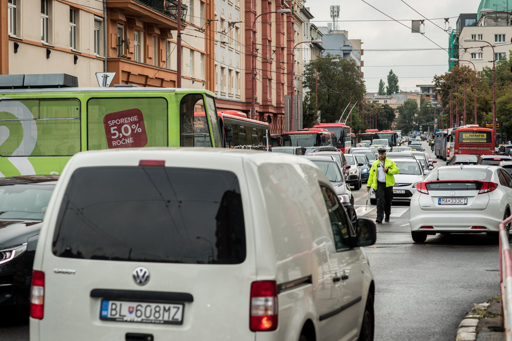 Traffic jams during the first school day in Bratislava