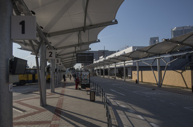 The roofing at the temporary bus station at Bottova Street.