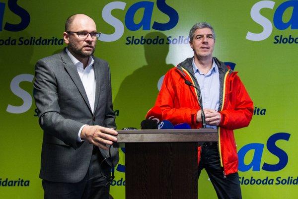 SaS chair Richard Sulík (l) and Most-Híd chair Béla Bugár (r)