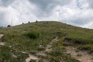 Descend from Ploská to Chata pod Borišovom.