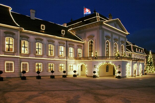The Christmas illumination of the Presidentian Palace during the term of Rudolf Schuster.