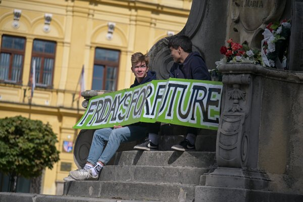 Students partake in a climate protest organised by Fridays for Future Slovakia in Banská Bystrica on September 20, 2019.