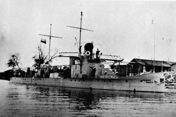President Masaryk, the largest warship of the Czech-Slovak navy, was constructed in the Slovak town of Komárno.