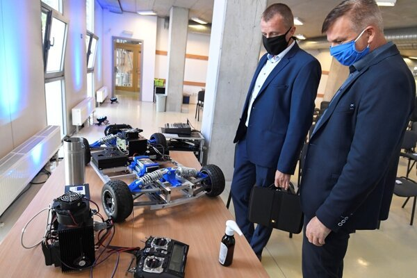 The Hydrogen Technology Research Centre (CVVT) is to be launched at the end of 2020 or beginning of 2021 in Košice to do R&D in this field.