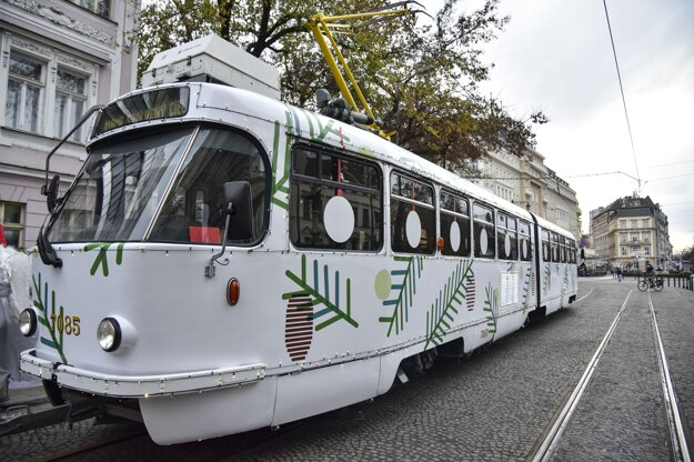 PHOTO OF THE WEEK: A Christmas tram has returned to Bratislava. It runs between the city's main railway station and Ľudovít Štúr Square until December 30. Click on the picture to see its timetable. The very first Christmas tram hit the rails 10 years ago.