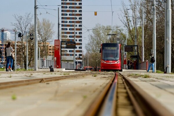 One of plans of Bratislava city council is to continue on extension of teh tram track in Petržalka.