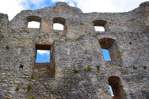 Topoľčany Castle ruins
