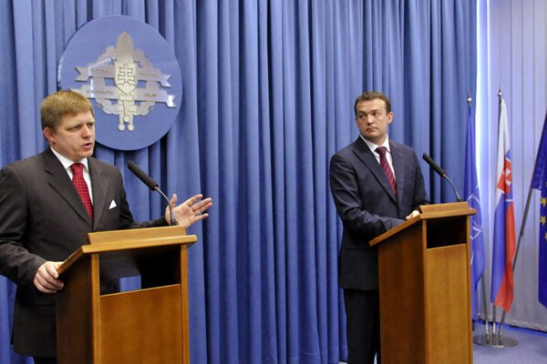 Prime Minister Robert Fico speaking at the Defence Ministry.